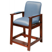 Hip Chair with Maple Wood Construction