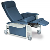 Winco Drop Arm Clinical Recliner