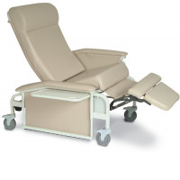 Winco Drop Arm Bariatric Clinical Recliner
